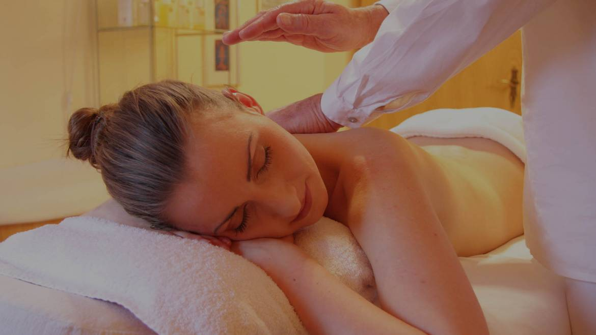 Holiday Office Party – 1 hour of FREE Massage
